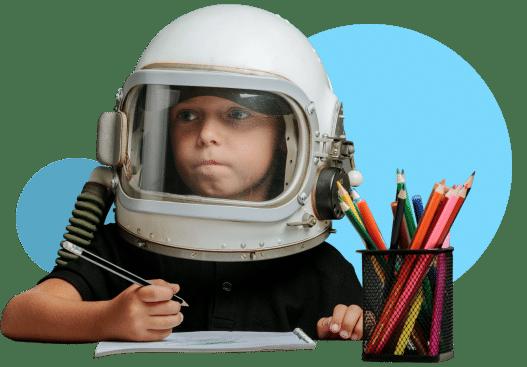 niño pequeño ejercita su mente haciendo el método WITS